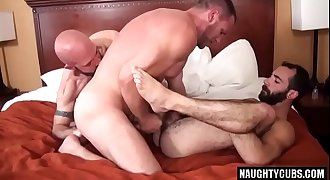 Hairy bear threesome fucking with final ass fucking creampie