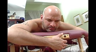 OSCAR'S MASSAGE-New York straight dudes